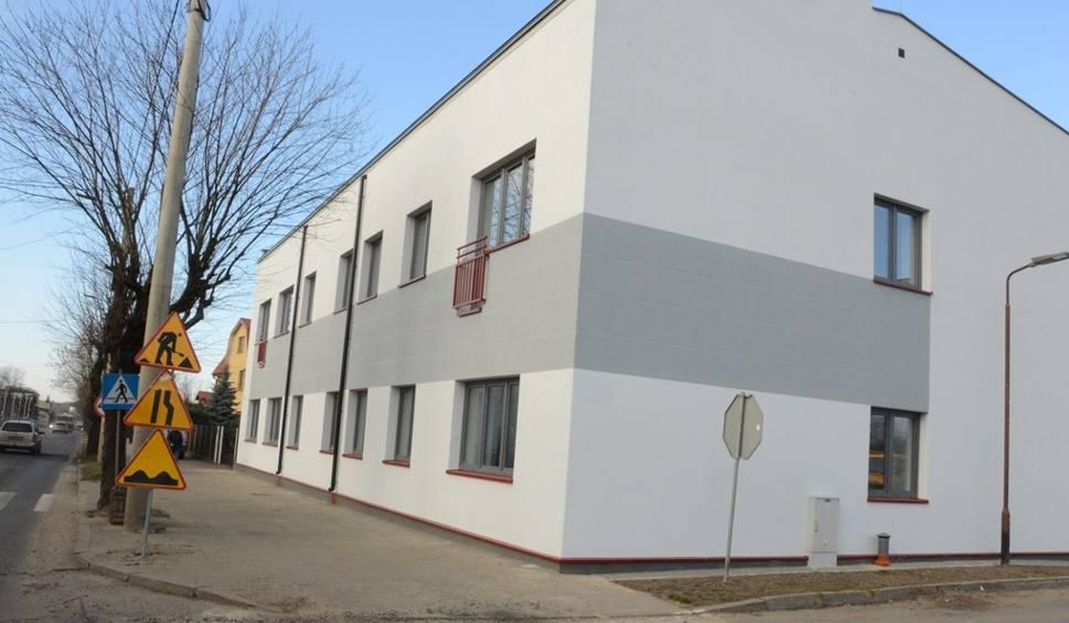 Film do artykułu: Budynek po gazowni w Bełchatowie jest już gotowy do zamieszkania [ZDJĘCIA]