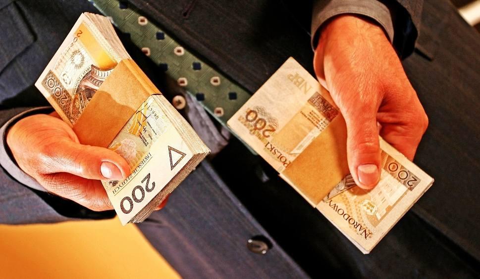 Film do artykułu: Od rana już osiem prób wyłudzeń pieniędzy od bydgoskich seniorów!