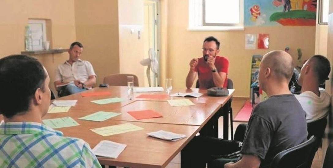Warsztaty i dyskusje prowadzone są od początku roku