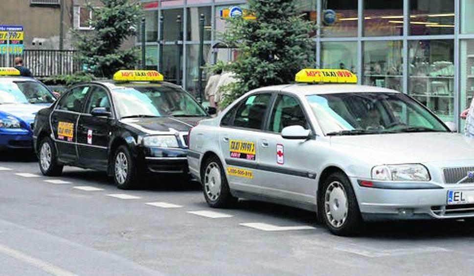 Taksówkarze będą musieli mieć identyfikatory ze zdjęciem!