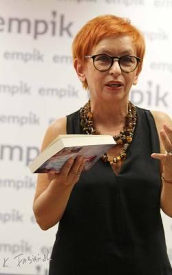 Anna Kochnowicz: Czasami podczas pisania zazdrościłam bohaterom