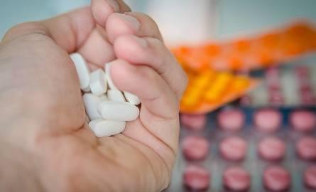 Farmaceuta płakał gdy usłyszał. Nazwy leków, które przekręcamy!