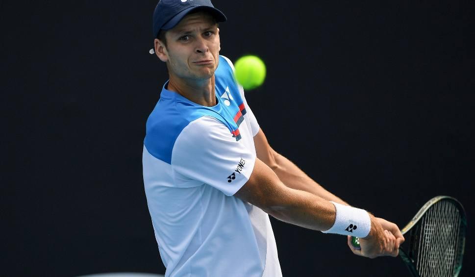 Film do artykułu: Australian Open. Hubert Hurkacz tym razem nie odrobił strat. Polak przegrał w drugiej rundzie