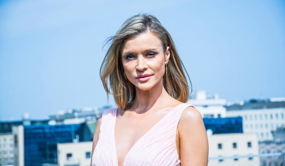 Film do artykułu: Joanna Krupa urodziła! Zdradziła imię córeczki i pokazała zdjęcia z porodówki