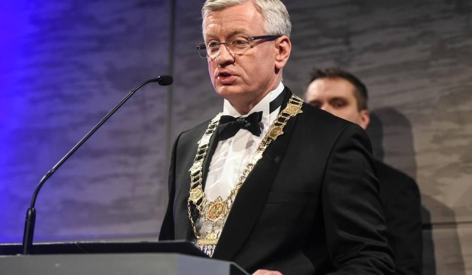 Film do artykułu: Wybory samorządowe 2018: Jaśkowiak wygrywa w I turze, a Koalicja Obywatelska zdobywa blisko 45 proc. głosów - tak wskazuje najnowszy sondaż