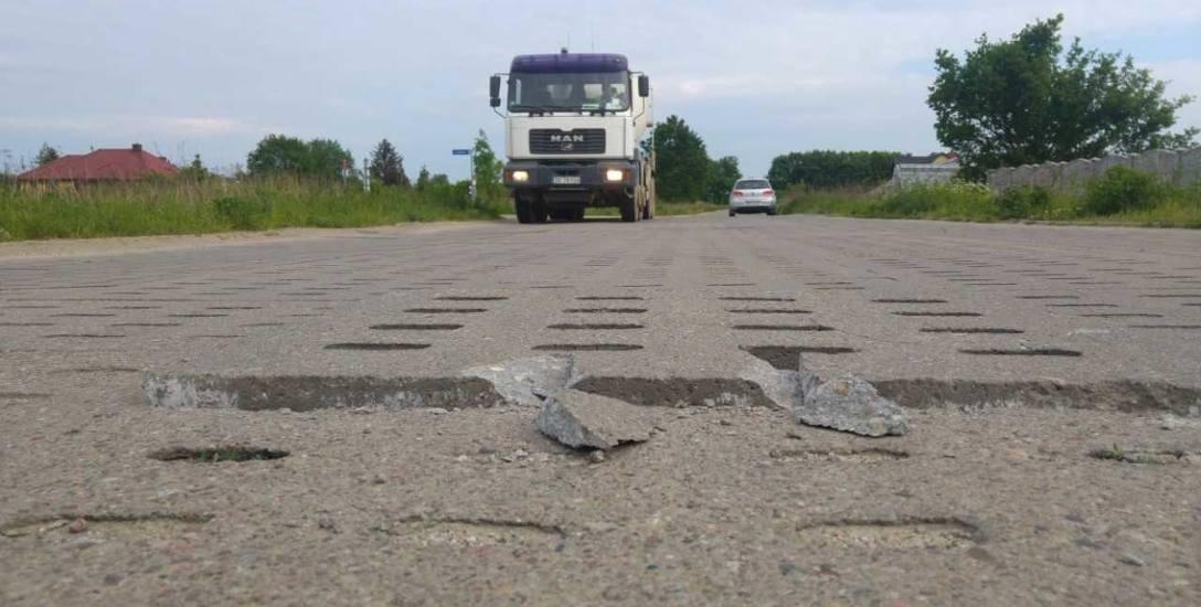 Jak informuje Zarząd Infrastruktury Miejskiej, nawierzchnia drogi na ul. Lewandowej zostanie naprawiona. Pojawią się też znaki ograniczenia tonażu a