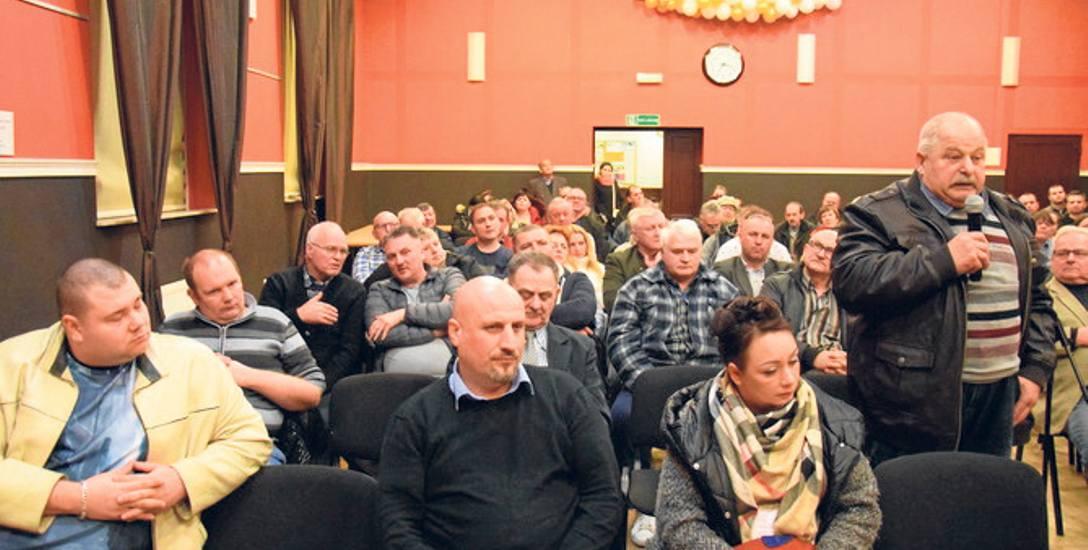 Mieszkańcy nie chcą budowy zakładu w Pelplinie, w którym będą przerabiane elementy zwierząt. Boją się o swoje zdrowie