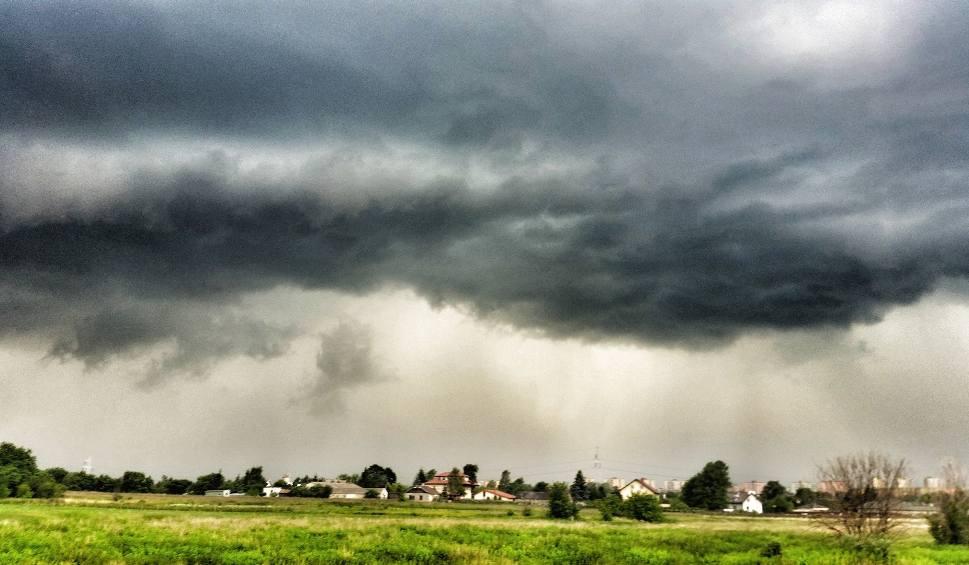 Film do artykułu: Będzie burzowo, możliwe opady gradu. Ostrzeżenie pogodowe dla woj. lubelskiego