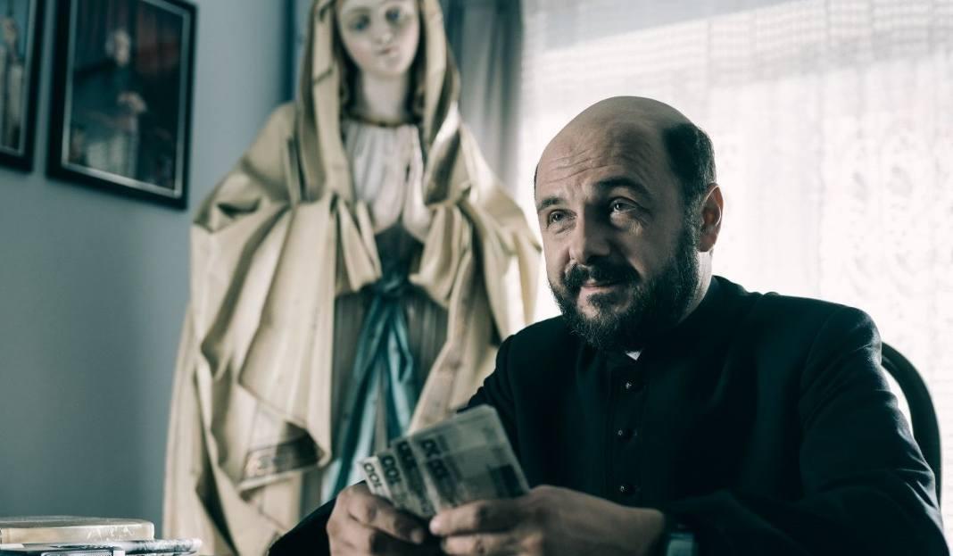 Kler Wojciecha Smarzowskiego Kinowym Hitem Na Niektóre Seanse W