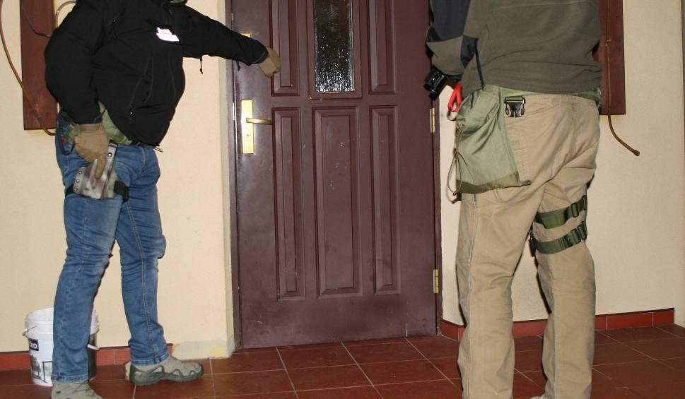 Film do artykułu: Zielona Góra. Straż Graniczna rozbiła zorganizowaną grupę przestępczą. Sprawą zajmuje się prokuratura