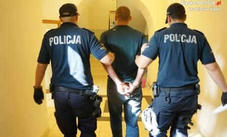 Sutener z z Pszowa prowadził agencję w Rydułtowach. Dostał zarzut ułatwiania prostytucji