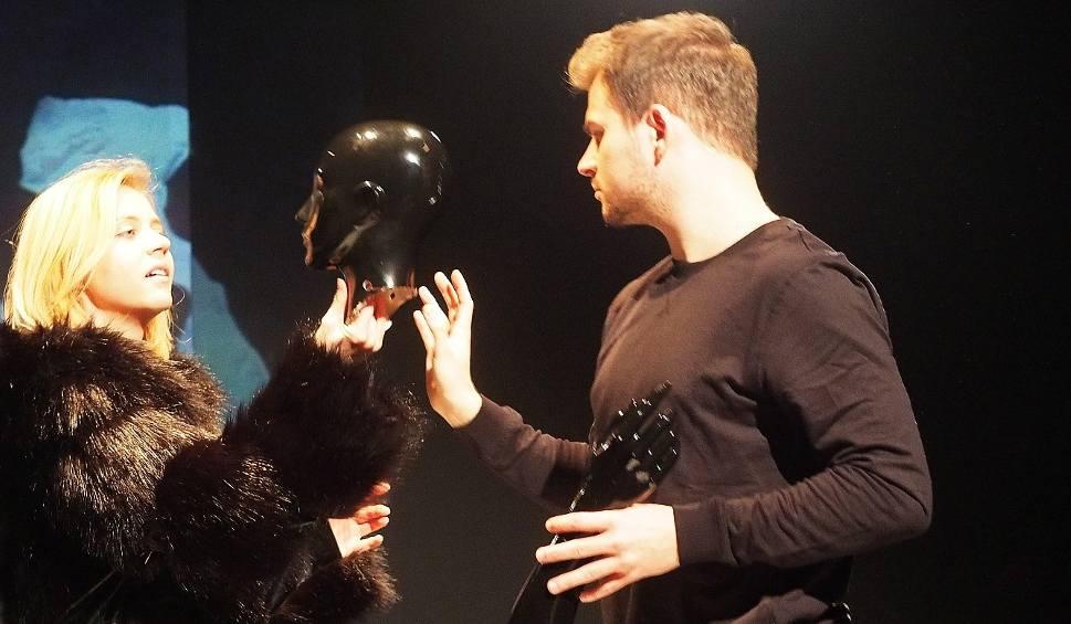 """Film do artykułu: Teatr Dramatyczny. Teatr Papahema wystawi """"Proces. Rekonstrukcja"""" (zdjęcia, wideo)"""