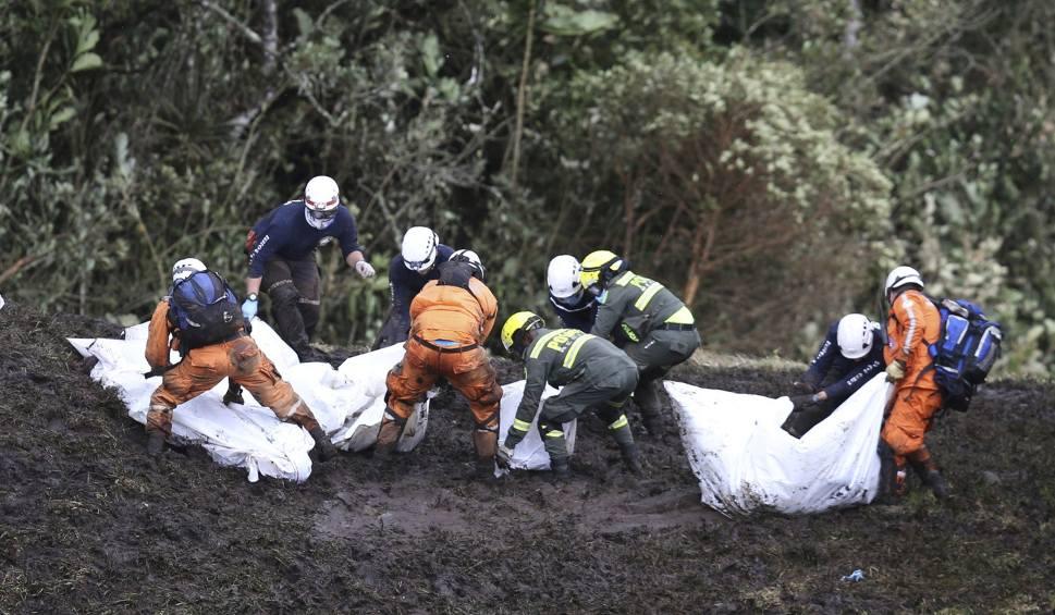 Film do artykułu: Kolumbia: Samolot z piłkarzami rozbił się, ponieważ skończyło się paliwo? Śledztwo trwa
