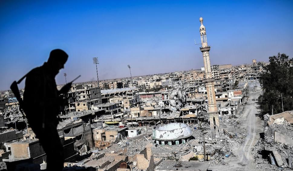 Film do artykułu: Padła Rakka, nieformalna stolica tzw. Państwa Islamskiego
