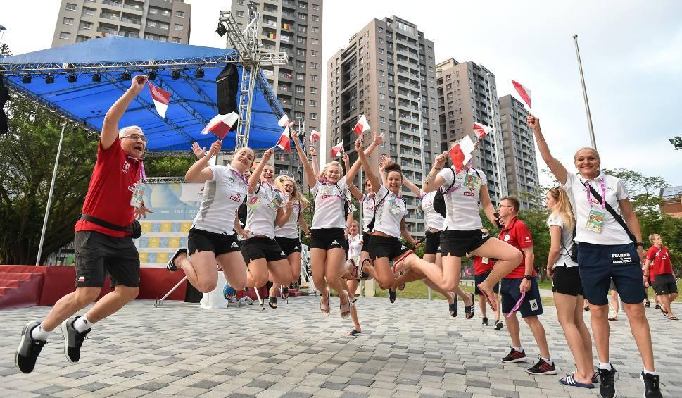Film do artykułu: Polska flaga już powiewa w Tajpej