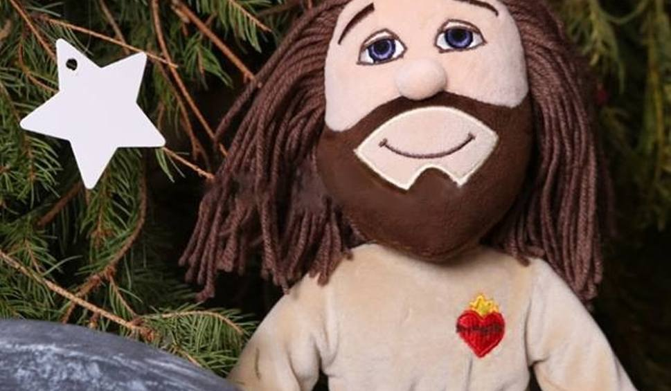 Film do artykułu: Pluszowy Jezus: do zabawy i do modlitwy? Kontrowersyjna oferta sklepu z Częstochowy