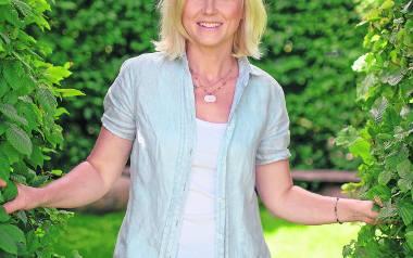 Maja Popielarska to dziennikarka, prezenterka TVN, TVN24, TVN Meteo Active. Prowadzi   magazyn poradnikowy o pielęgnacji roślin i projektowania ogrodów,