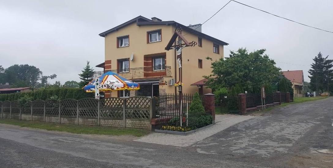 W Kowalowicach 5-letni chłopczyk został pogryziony pod sklepem.