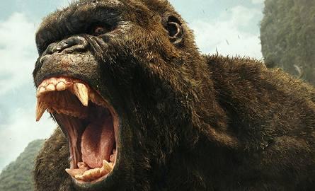 Twórcy filmu pozwolili wykreowanemu przez specjalistów w motion capture Kongowi błyszczeć w każdej scenie, w której się pojawia i przykrywać, czasem