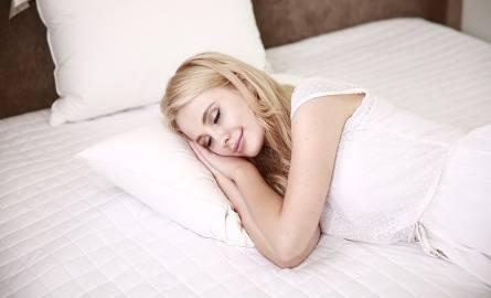Jak niebezpieczne dla każdego są niedobory snu? Czym to grozi?