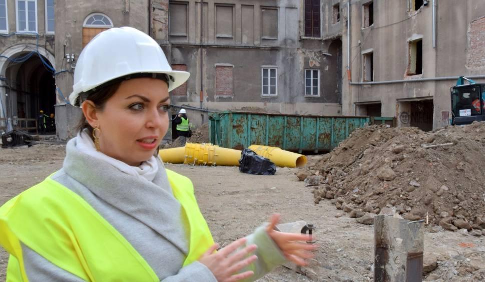 Film do artykułu: Trwa remont teatru w Kielcach. Dużo się dzieje! Ekipa szykuje się do wielkiego wykopu [WIDEO, ZDJĘCIA]