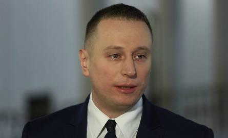 """""""Nie zastraszycie mnie nawet czymś tak wyjątkowo plugawym"""" - komentuje poseł Krzysztof Brejza"""