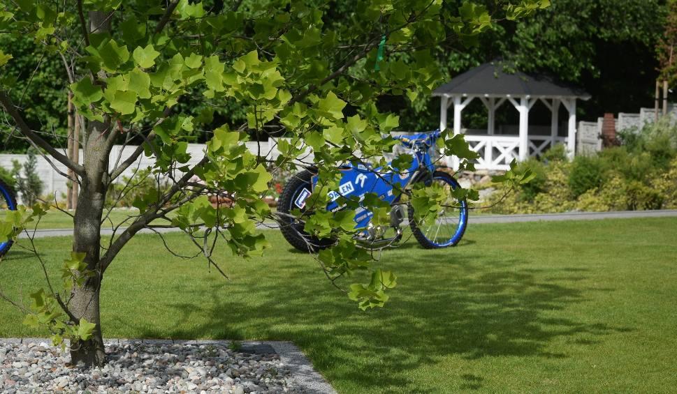 Film do artykułu: Zobacz, jak wygląda ogród w Kinicach Bartosza Zmarzlika ze Stali Gorzów
