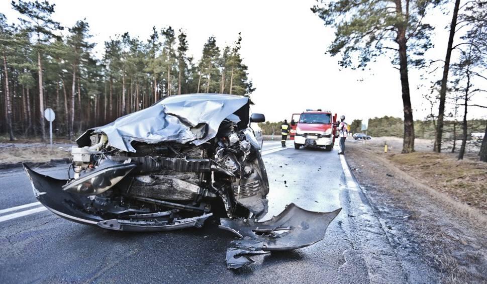 Film do artykułu: Wypadek koło Nowogrodu Bobrzańskiego. Jedna osoba ranna
