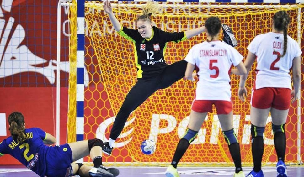Film do artykułu: Trzy piłkarki ręczne Korony Handball Kielce zagrały w Rosji w barwach juniorskich reprezentacji Polski