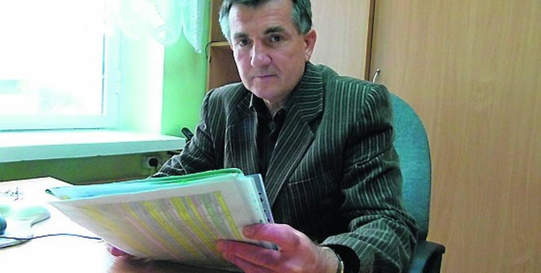 - W tym roku ciepła woda użytkowa zostanie doprowadzona do 11 budynków - mówi Sławomir Urbańczyk z PSM.