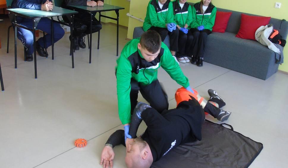 Film do artykułu: Niepełnosprawni w Rudniku na turnieju udzielania pierwszej pomocy