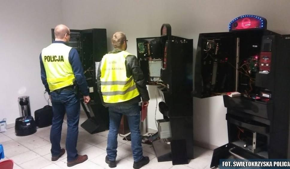 Film do artykułu: W lokalu w Busku przejęli trzy automaty oraz kilka tysięcy złotych