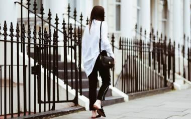 Na blogu Sylwii pojawiło się sporo nowości, ale nam najbardziej przypadła do gustu stylizacja ze spodniami z lampasami w roli głównej.