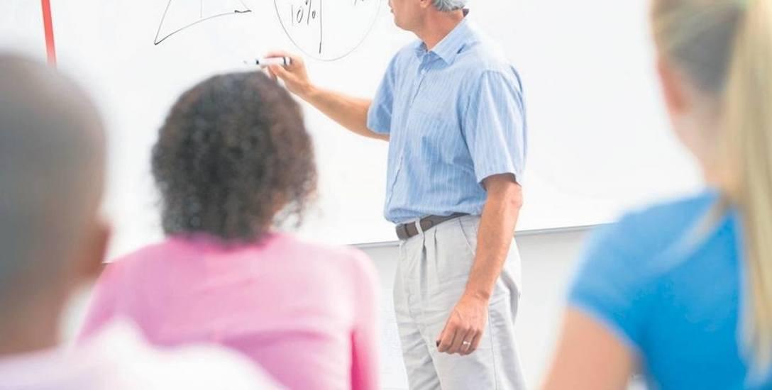 Radni chcą, żeby nauczyciele w Szczecinie zaczęli więcej zarabiać. Proponują podwyżkę