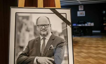 Msza w intencji tragicznie zmarłego prezydenta Pawła Adamowicza, która odbyła się 14 stycznia w Archikatedrze Warszawskiej
