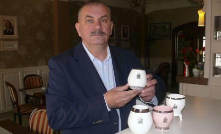 Adam Spała - Twórca i właściciela Fabryki Porcelany AS w Ćmielowie, który kupił jako podupadający zakład i stworzył nie tylko dobrze prosperującą firmę,