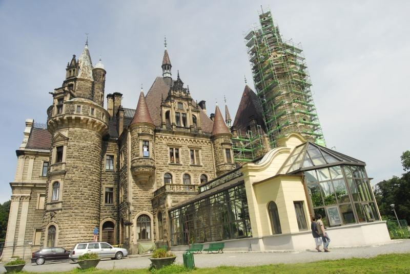 Pałac w Mosznej (zdjęcie z 2009 roku).