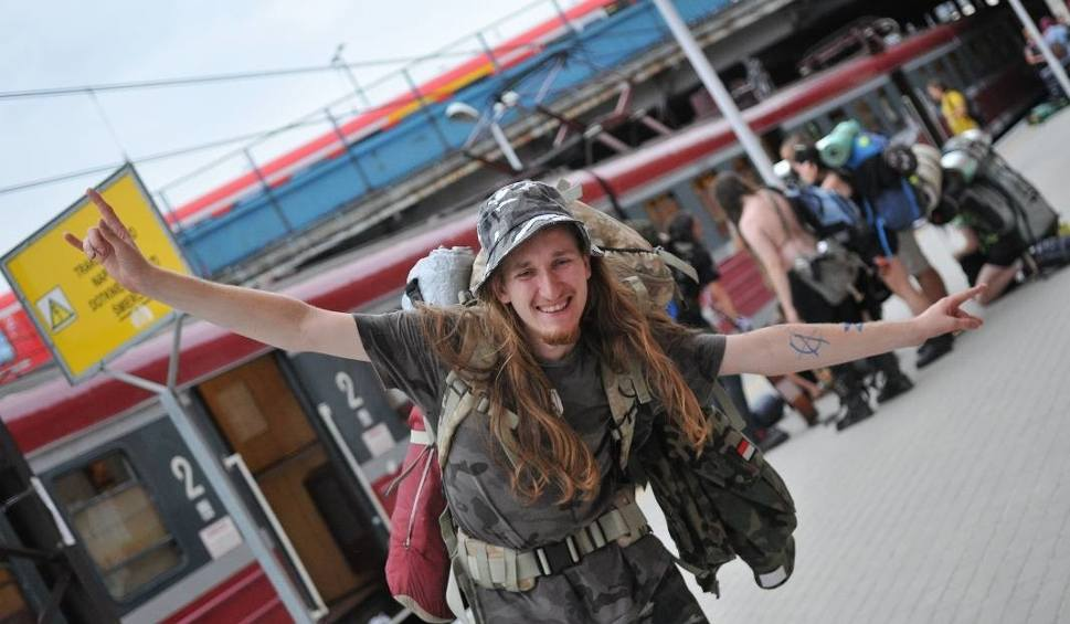 Film do artykułu: PolAndRock 2018 (Woodstock) - pociągi i bilety PKP. Przewozy Regionalne uruchomią 80 dodatkowych składów musicregio do Kostrzyna nad Odrą.