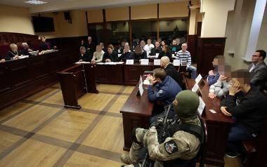 Zbrojna grupa stanęła przed sądem