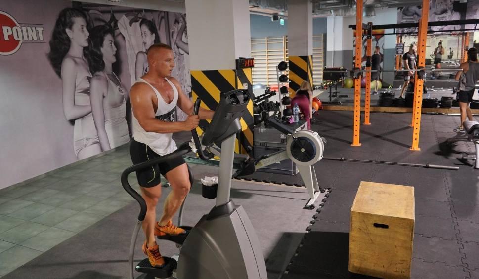 """Film do artykułu: Kiedy otwarcie siłowni? Branża fitness zapowiada protest 1 lutego. """"Prawo jest po naszej stronie, to działania rządu są bezprawne"""""""