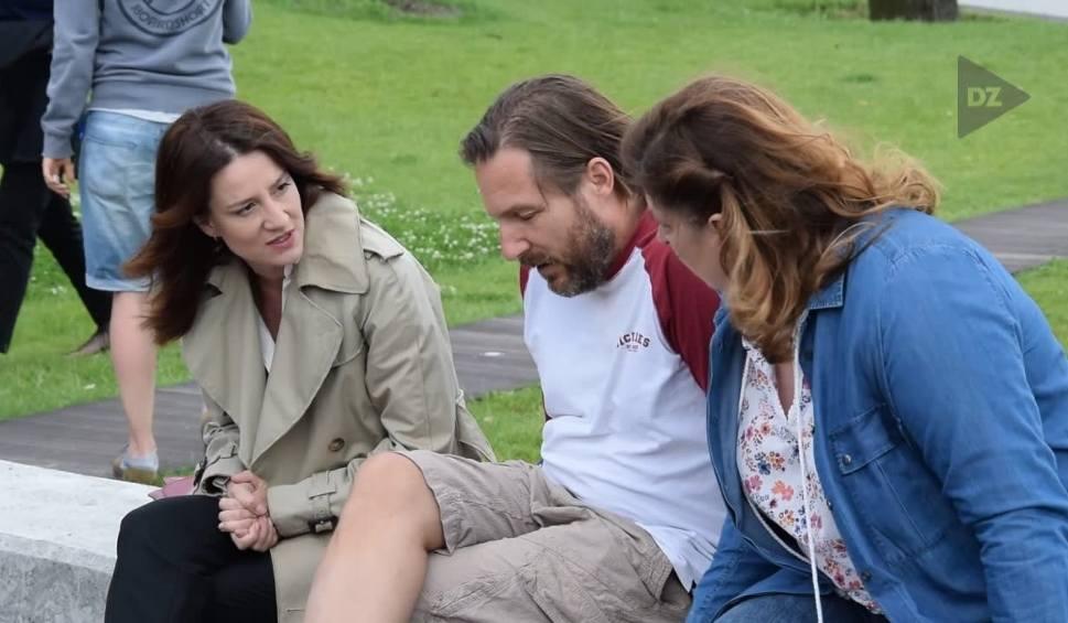 """Film do artykułu: Serial """"Diagnoza"""": Aktorzy wrócili do Rybnika, dziś będą kręcić kolejne odcinki"""