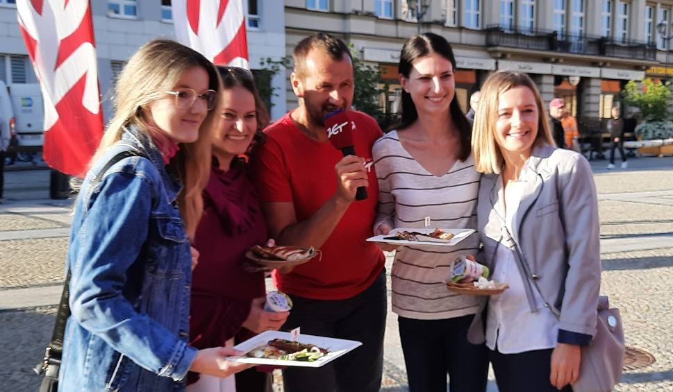 Film do artykułu: Śniadanie z Radiem Zet w Białymstoku. Było jedzenie, tańce i Lowlandersi! [ZDJĘCIA]