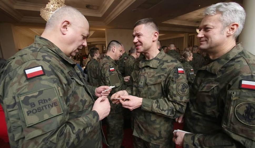 Film do artykułu: 10. Brygada Wojsk Obrony Terytorialnej miała piękną wigilię w hotelu Binkowski w Kielcach [ZDJĘCIA]