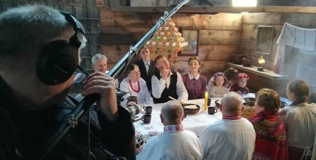 Wiele scen filmu było kręconych w Białkowie, a statystami byli członkowie Stowarzyszenia Miłośników Polesia i Białkowa