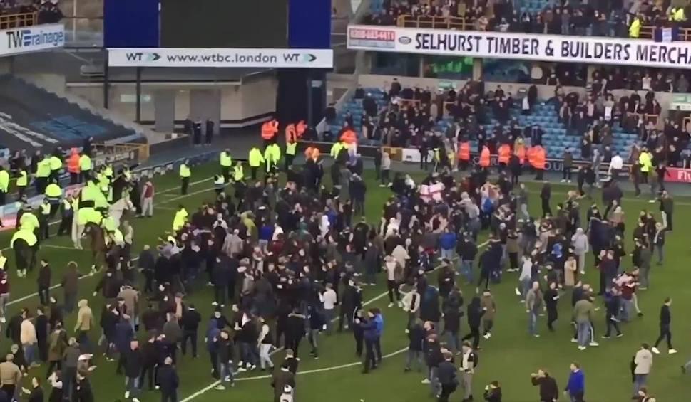 Film do artykułu: Sensacja w Pucharze Anglii, Millwall wyeliminowało mistrza kraju mimo gry w dziesiątkę!