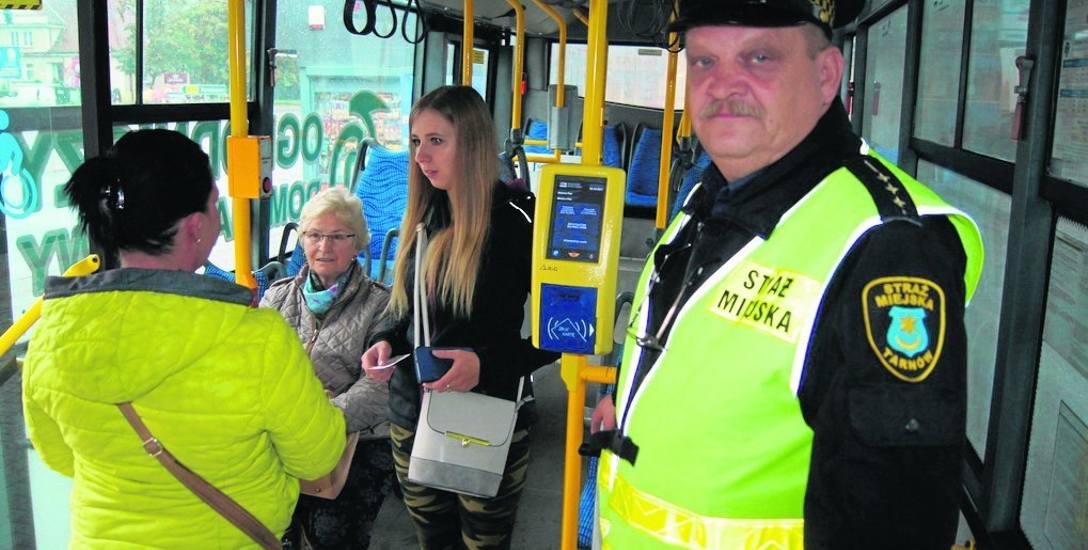 St. insp. Robert Podgórski ze straży miejskiej już kilkukrotnie brał udział w akcji kontroli biletów