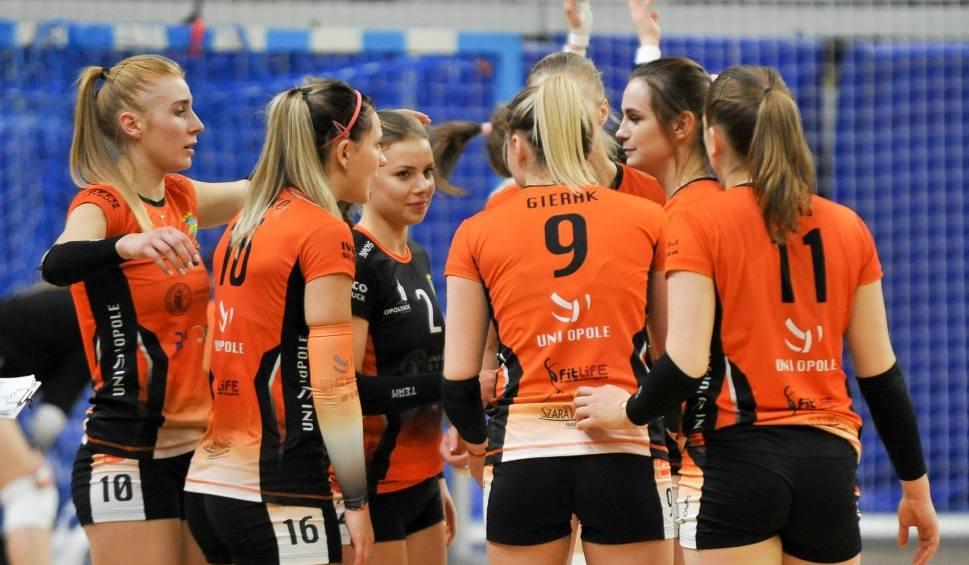 Film do artykułu: Uni Opole i Stal Nysa grają u siebie, Mickiewicz Kluczbork już grał na wyjeździe