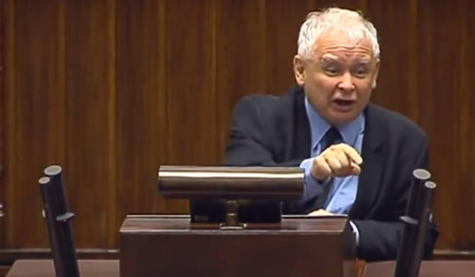 Znalezione obrazy dla zapytania kaczyński w sejmie
