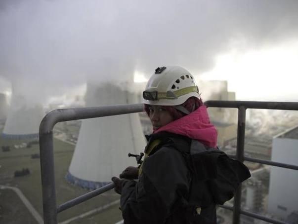 """Jak Greenpeace weszło na teren Elektrowni Bełchatów. Ministrowie odpowiadają posłowi Kukiz'15: """"Niewielkie nieprawidłowości"""""""