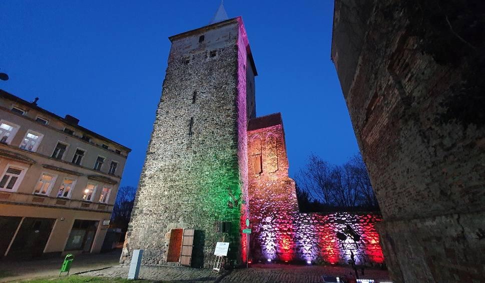 Film do artykułu: Żary. Zabytkowa wieża wartownicza udostępniona zwiedzającym. Remont trwał około roku. Zobacz zdjęcia!